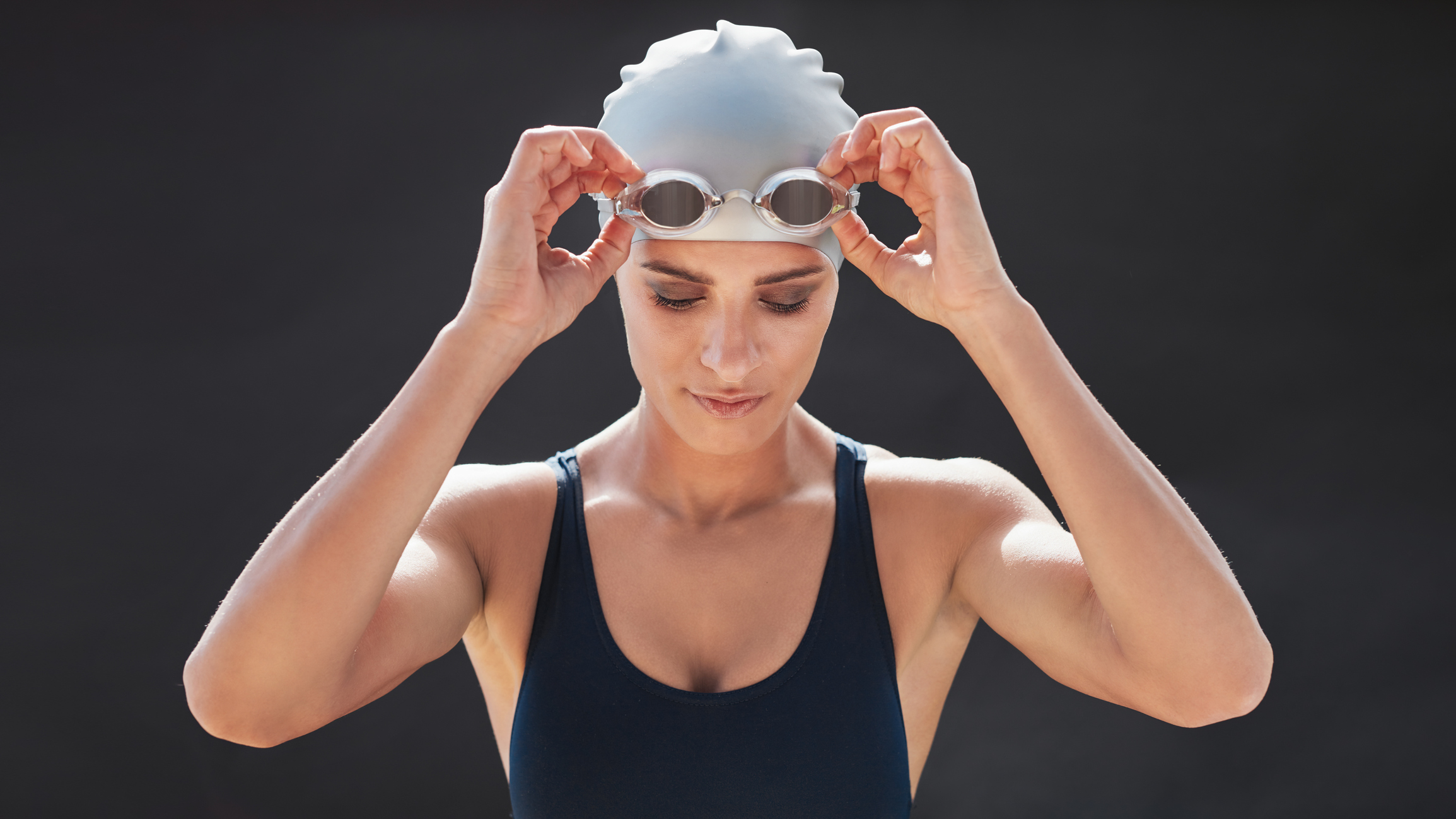 defoged swimming goggles